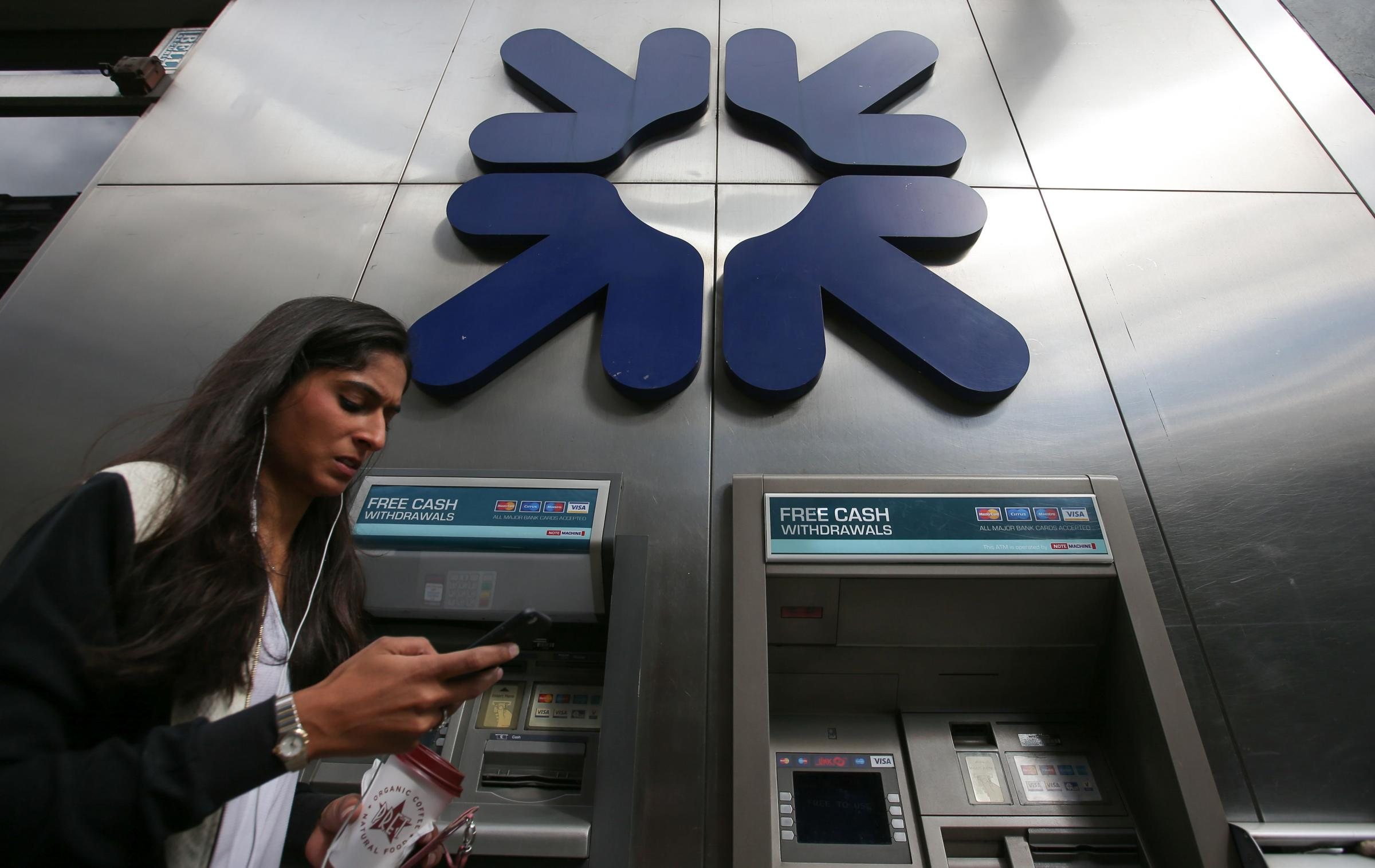 Thousands of RBS shareholders are still waiting to receive their share of a £200m settlement agreed last June.