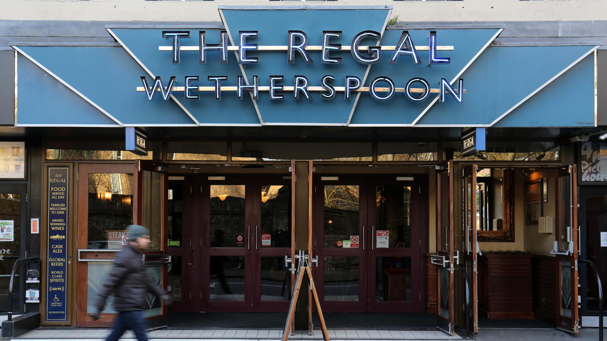 Wetherspoon shuts down social media accounts amid trolling and data misuse fears
