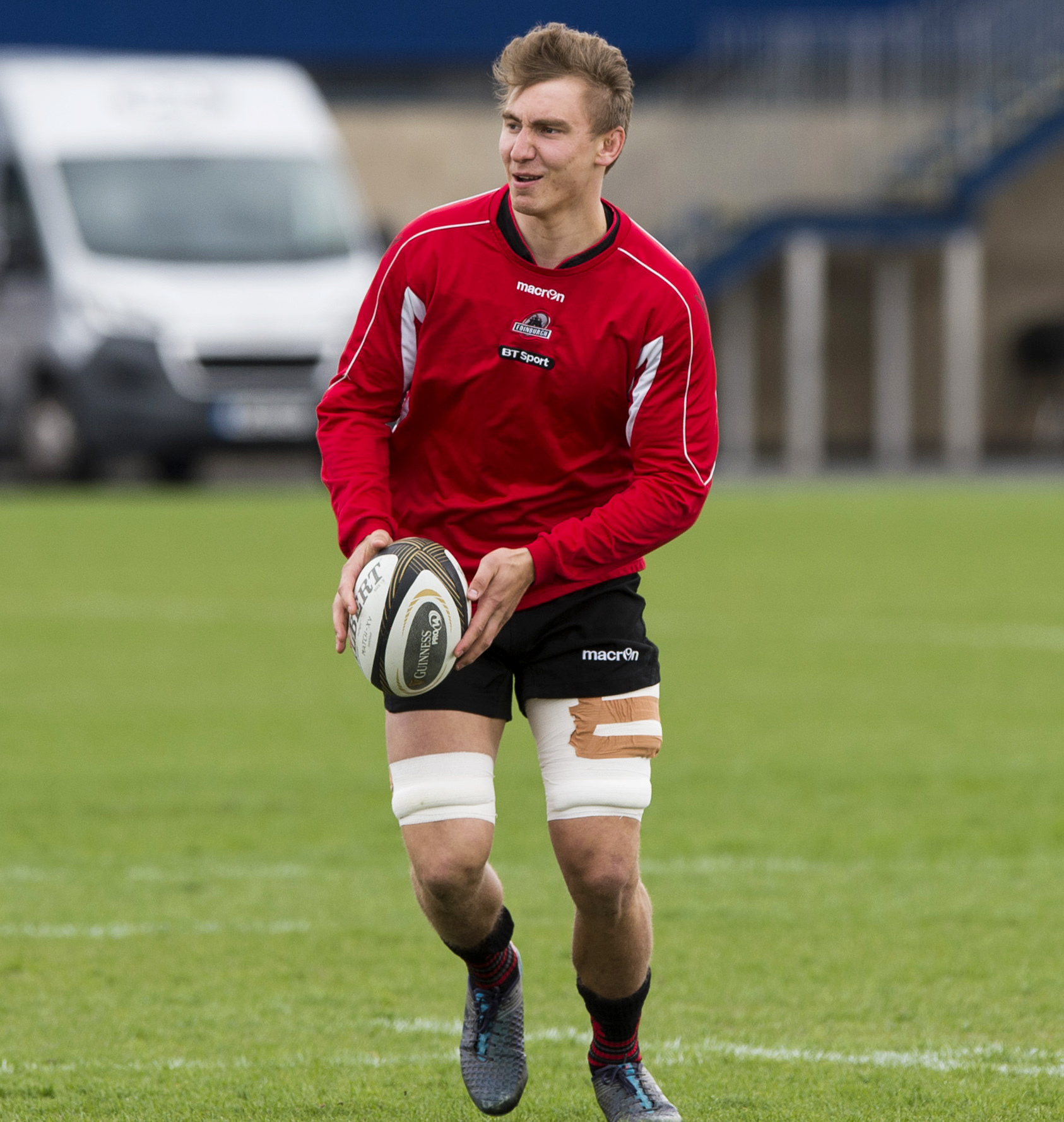24/04/18 . EDINBURGH RUGBY TRAINING. BT MURRAYFIELD STADIUM - EDINBURGH. Edinburgh's Jamie Ritchie in training.