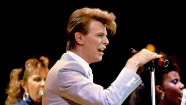Bowie's greatest works celebrated at Glasgow gig by his old bandmates